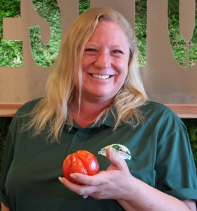 Our organic produce specialist, Kelly Jennings
