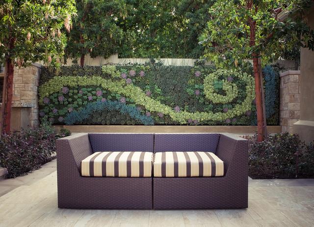 succulent-wall-design